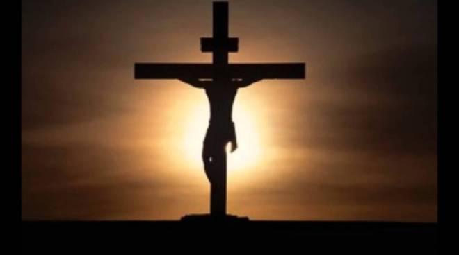 Risultato immagini per crocifissione cristo gif